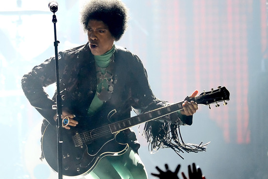 Prince and his guitar