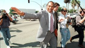 O.J. Simpson crosses the street from the courthous