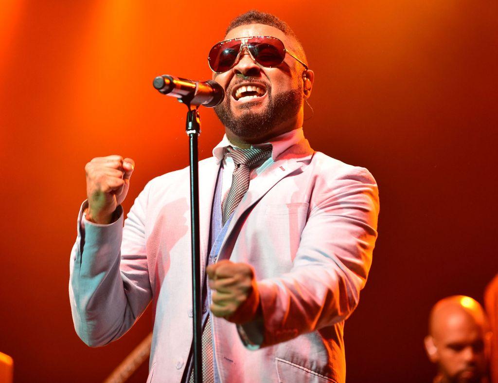Musiq Soulchild performs live